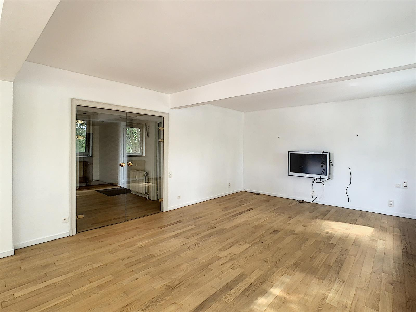Appartement 4 chambres et 2 emplacements de parking !