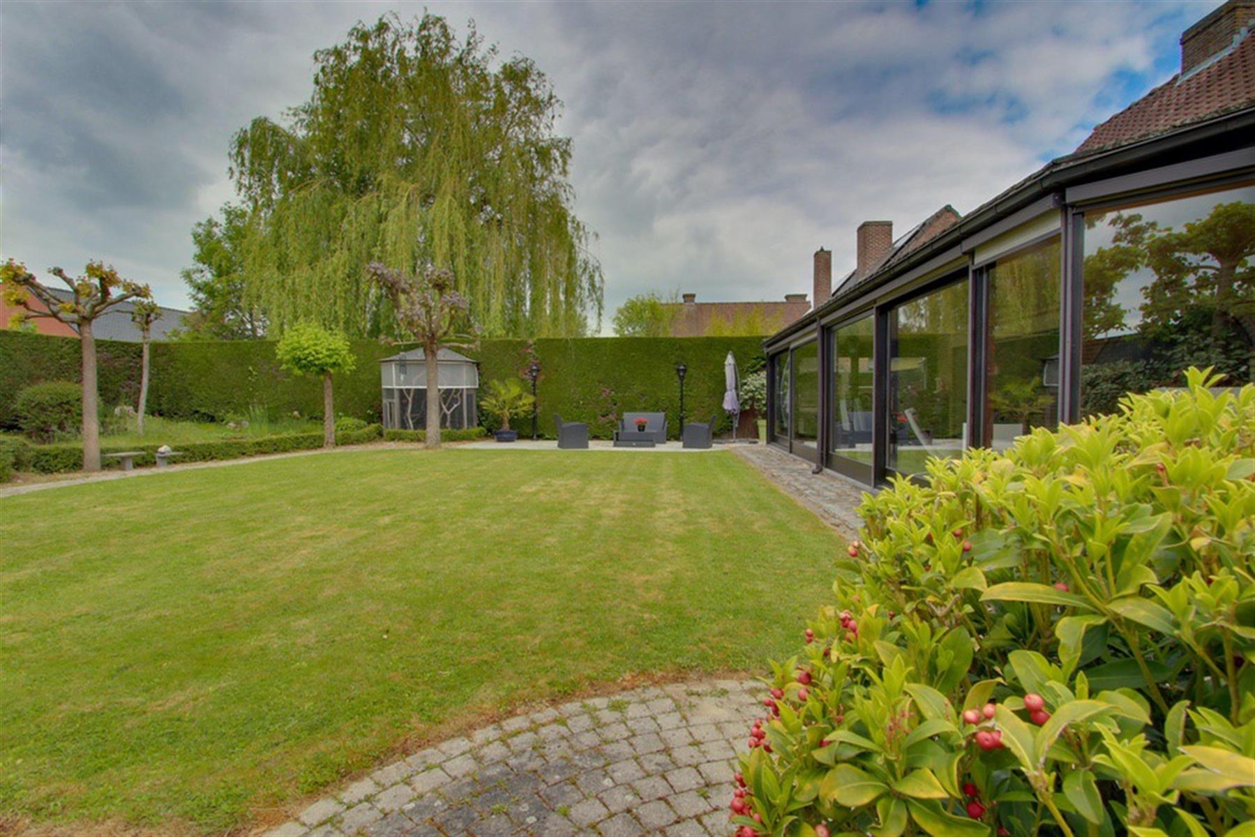 Secteur prisé  - Villa avec jardin sud-ouest