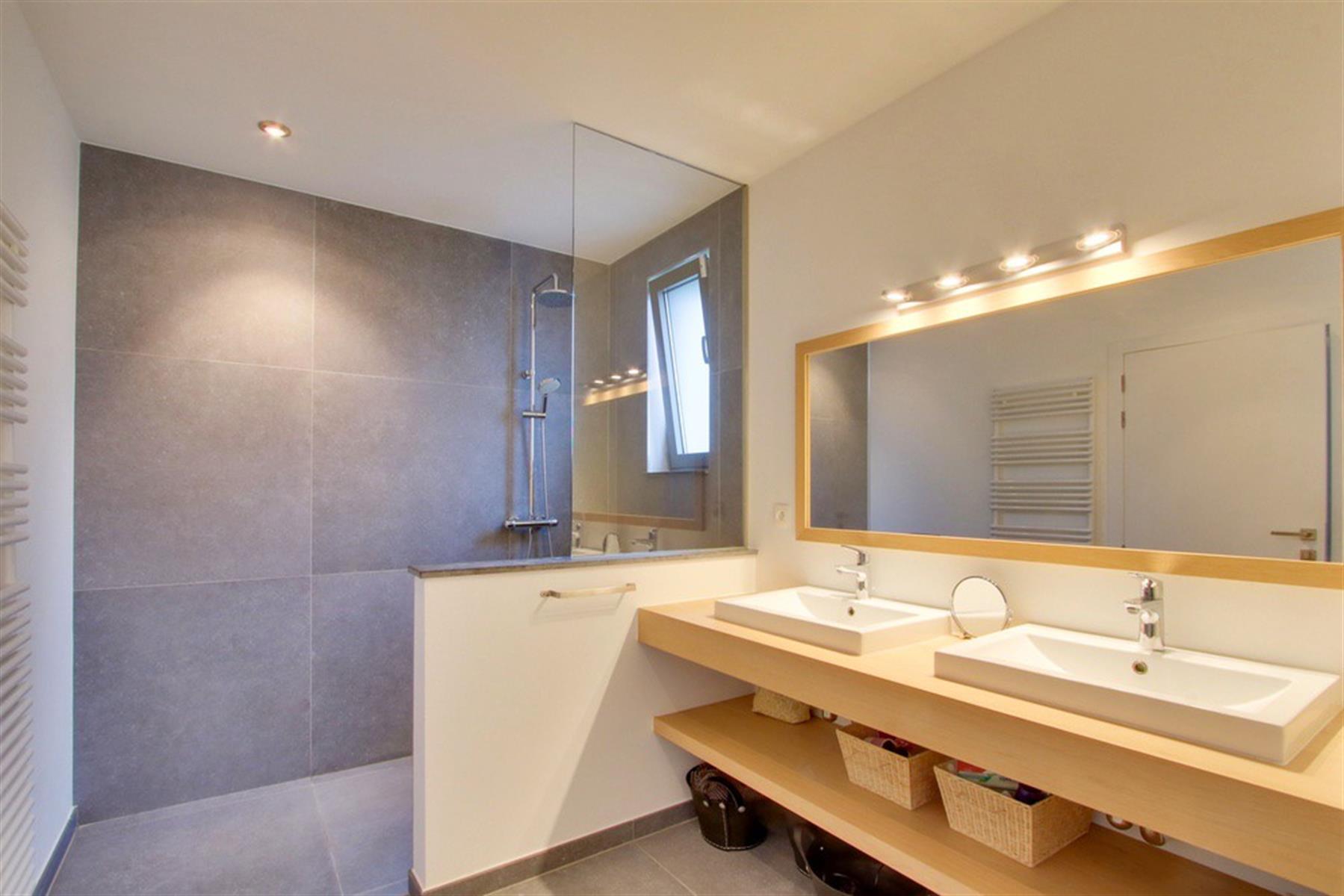 Superbe villa contemporaine aux portes de Tournai