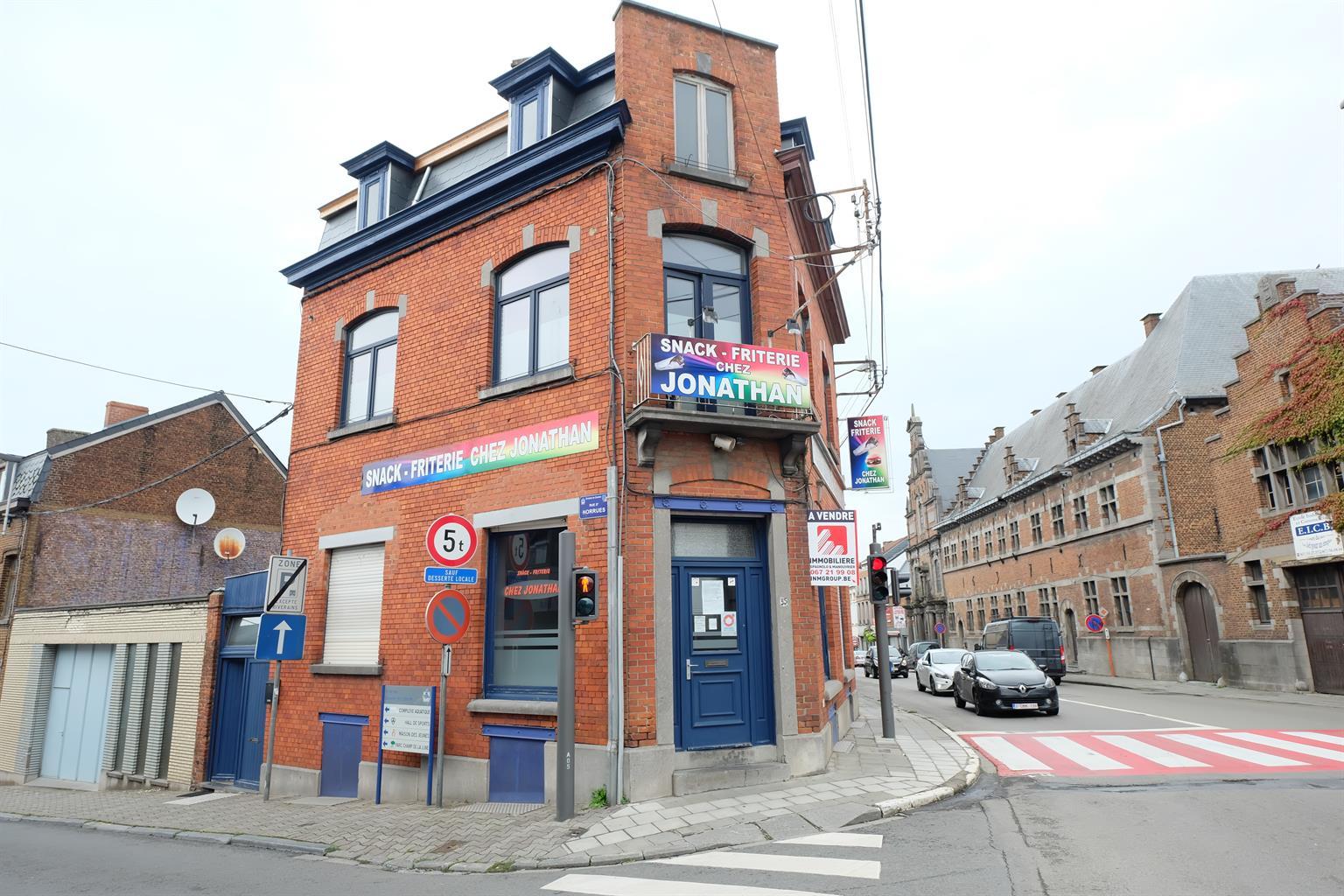 Immeuble mixte - Braine-le-Comte - #4169850-0