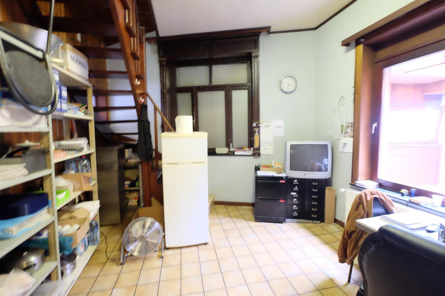 Immeuble mixte - Braine-le-Comte - #4169850-4