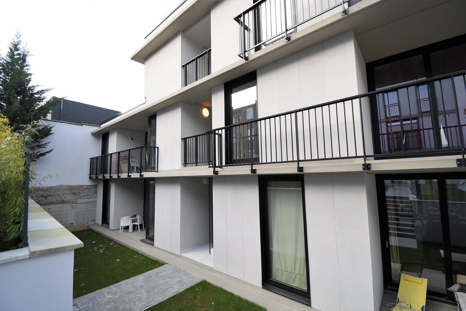 Appartement - Woluwe-Saint-Pierre - #4368821-1