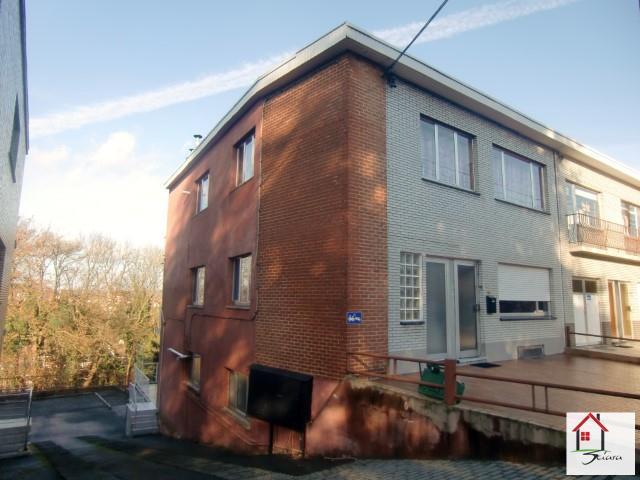 Immeuble à appartements - Seraing - #1700284-1