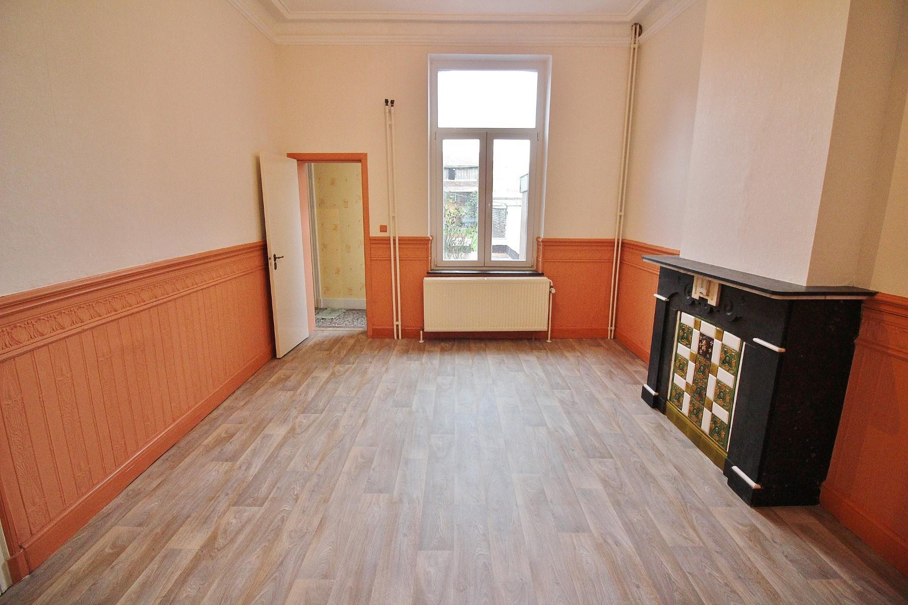 Immeuble à appartements - Seraing - #3650127-3
