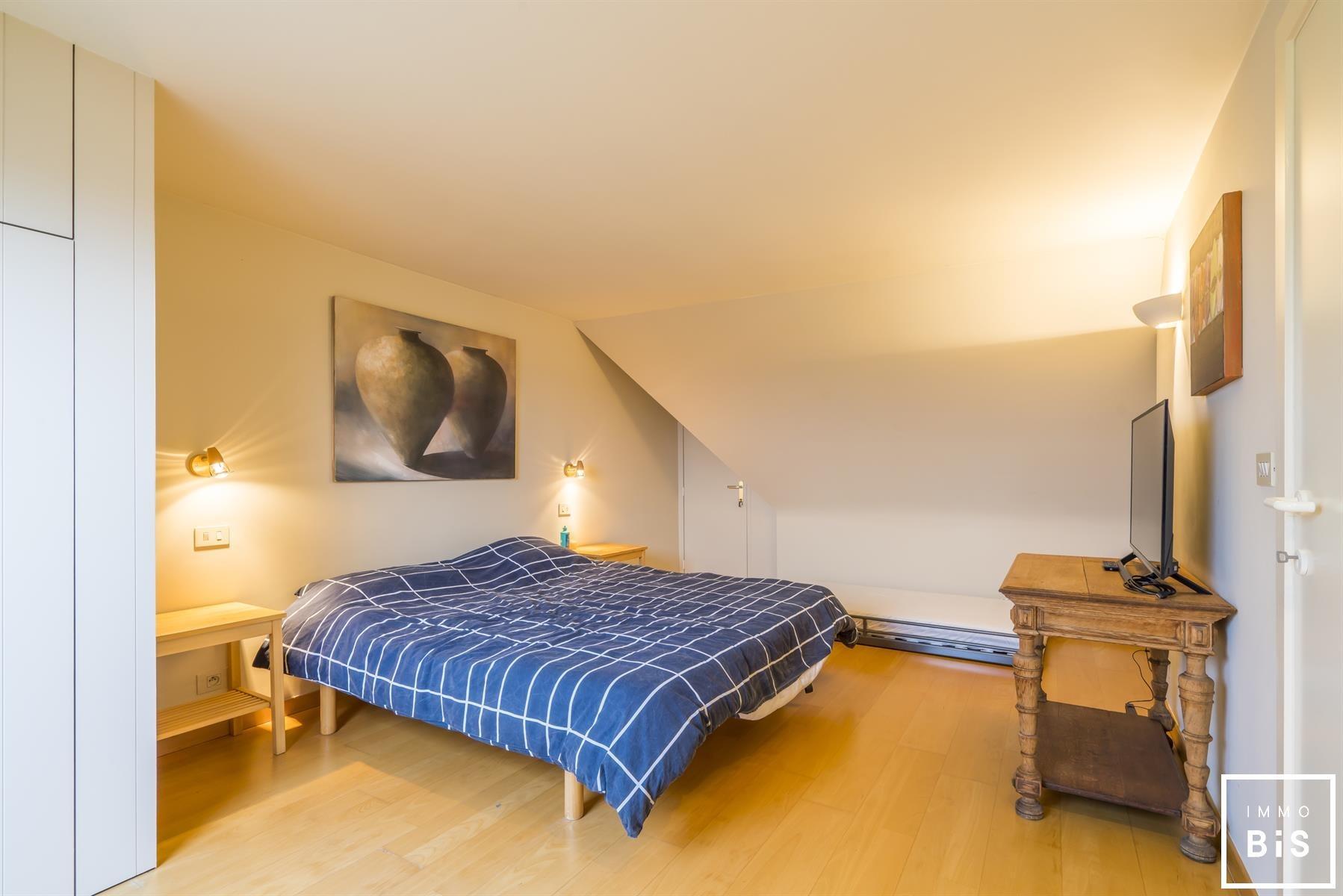Mooie bel-étage met 4 slaapkamers en een uniek zicht 15