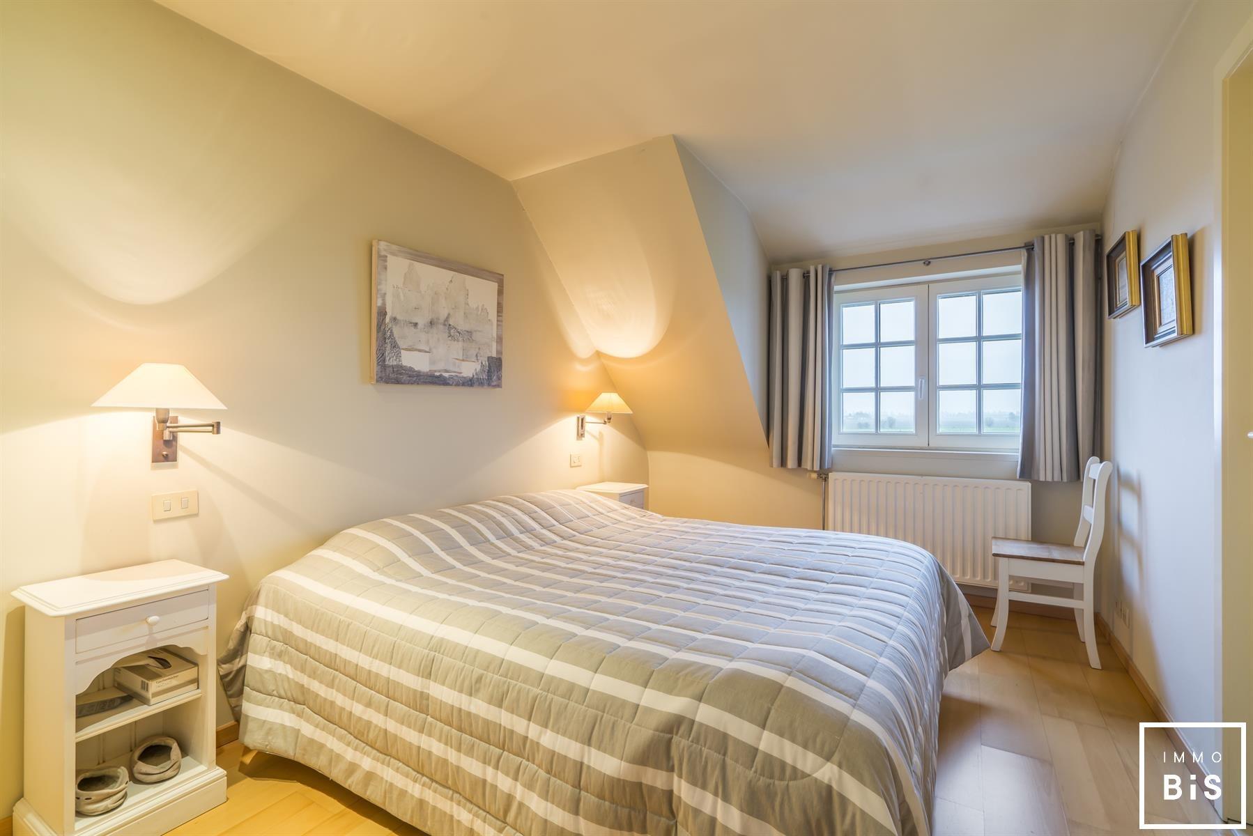 Mooie bel-étage met 4 slaapkamers en een uniek zicht 11
