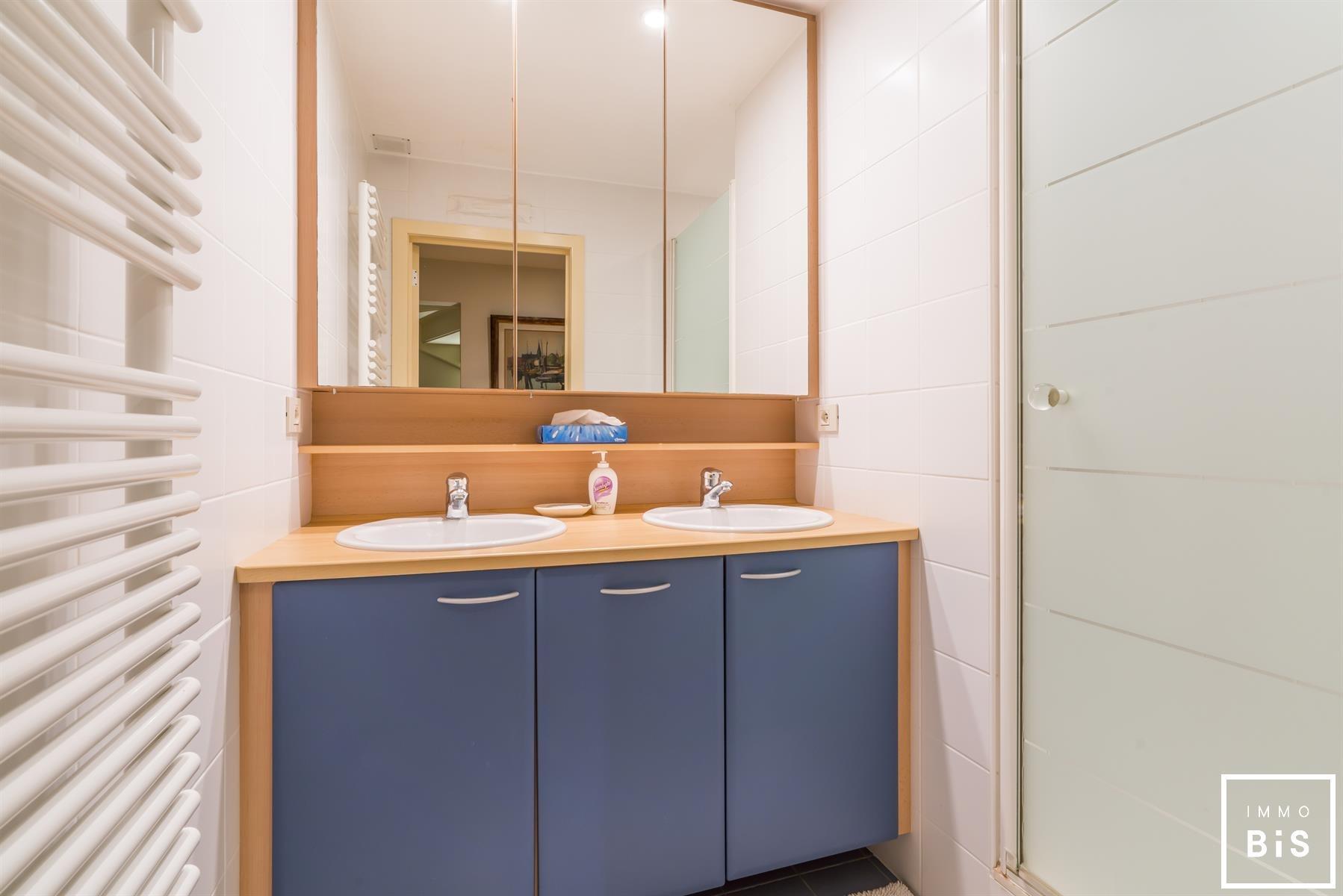 Mooie bel-étage met 4 slaapkamers en een uniek zicht 14