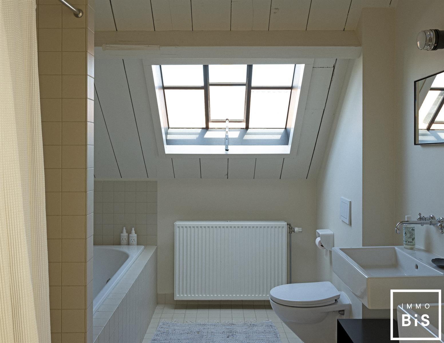 Recentelijk gerenoveerde woning gelegen in Cadzand 15