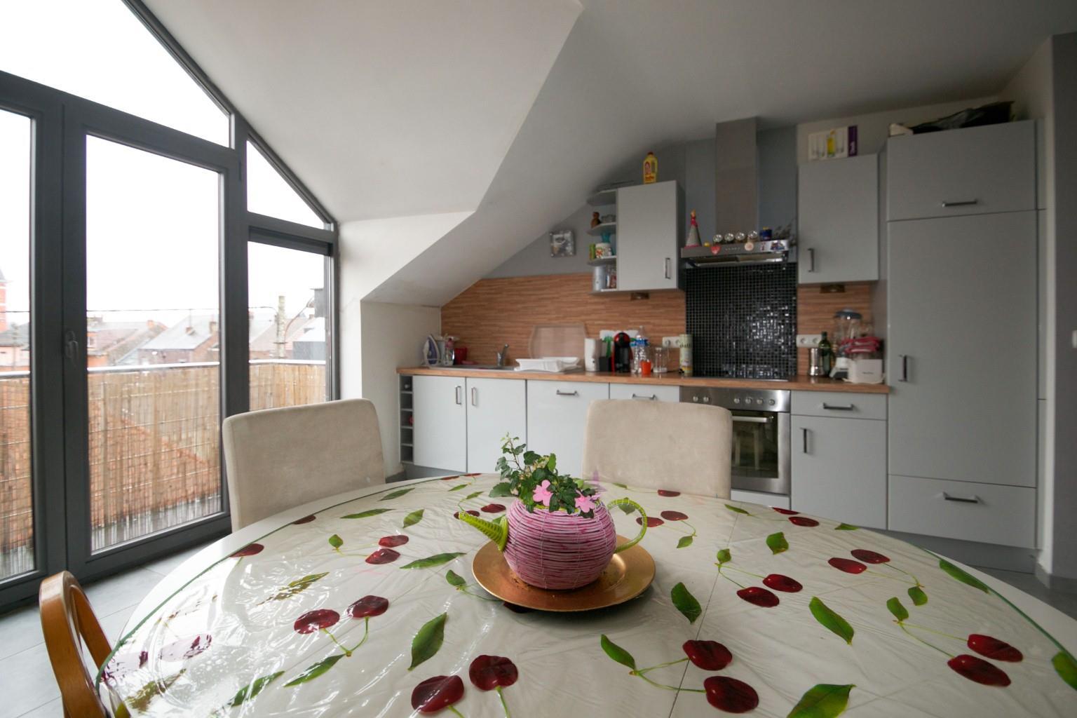 Appartement - La Louvière - #2048985-1