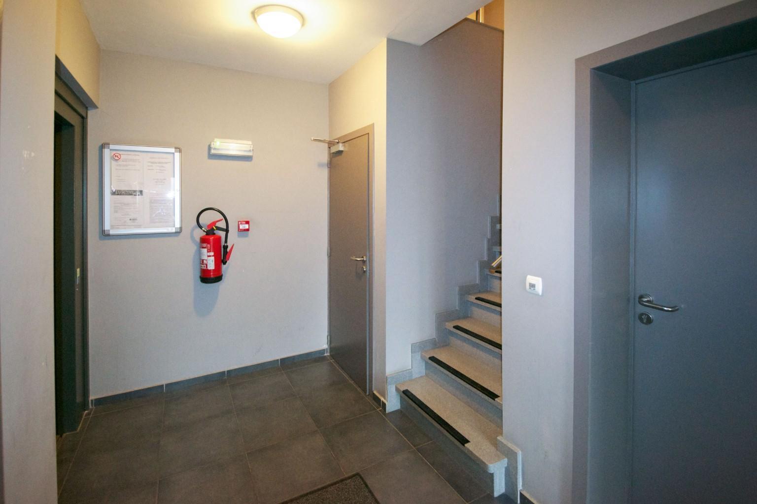 Appartement - La Louvière - #2048985-6