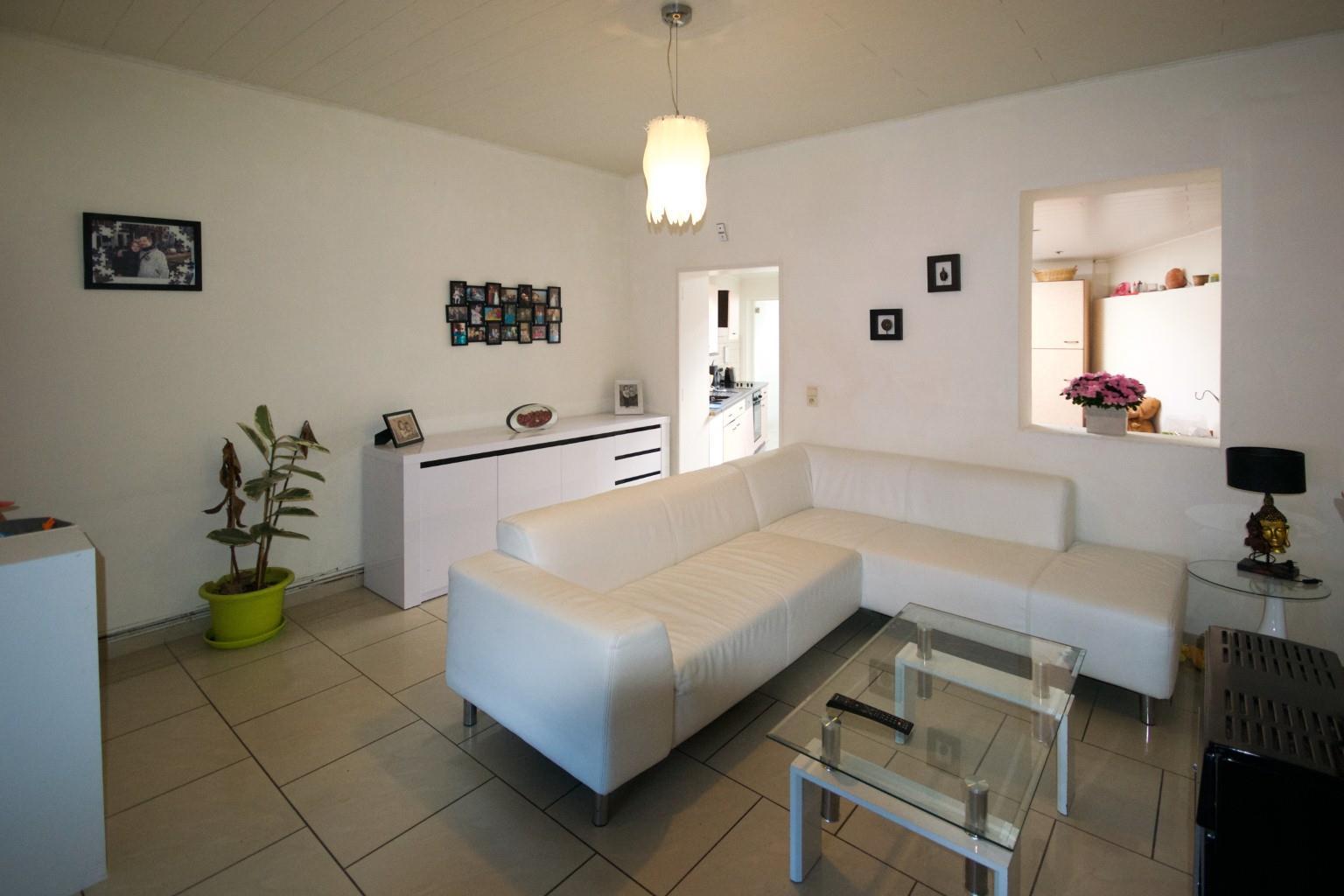 Maison - Fontaine-l'Evêque - #2341174-0