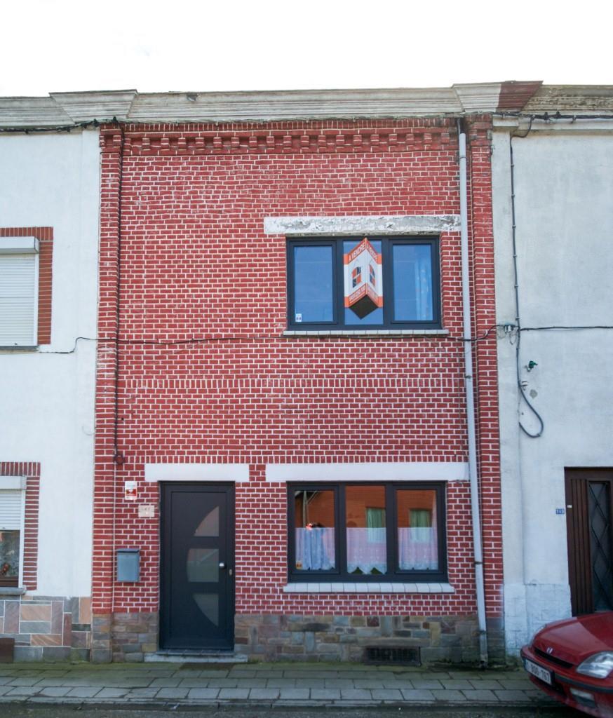 Maison - Fontaine-l'Evêque - #2341174-7