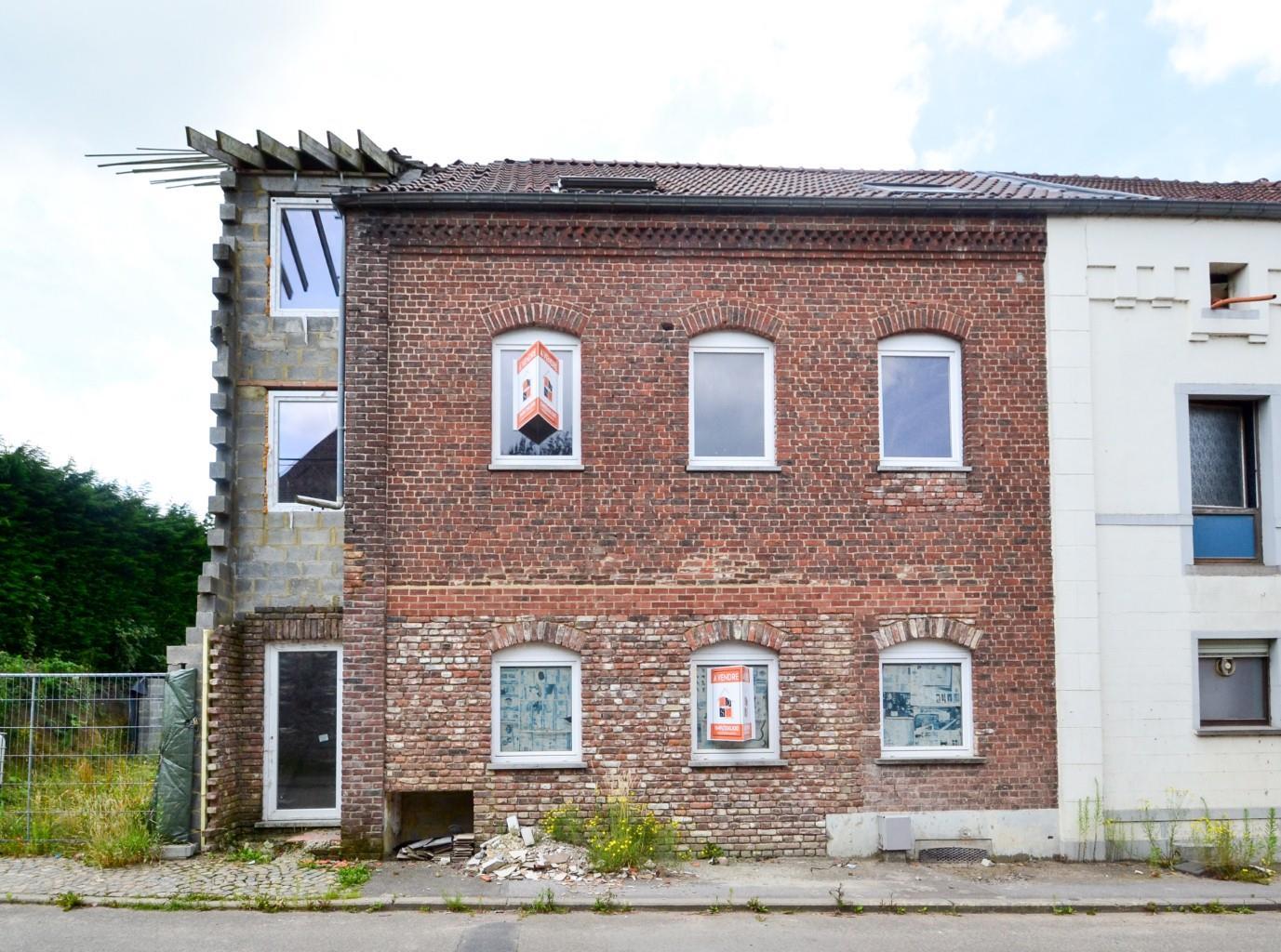 Immeuble à appartements - Estinnes Estinnes-au-Mont - #2585565-0