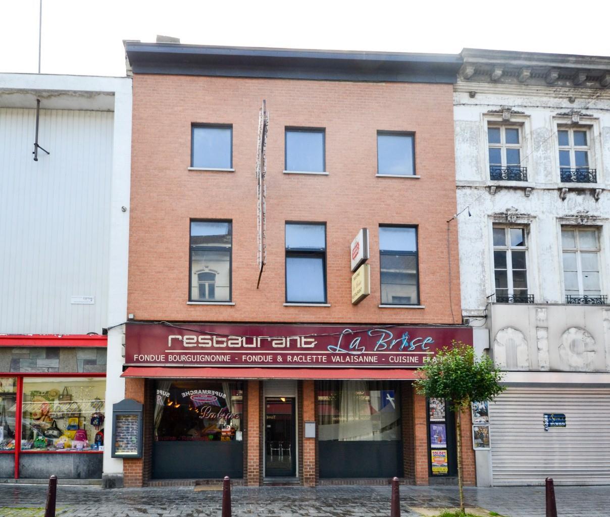 Immeuble mixte - Charleroi - #2592999-0