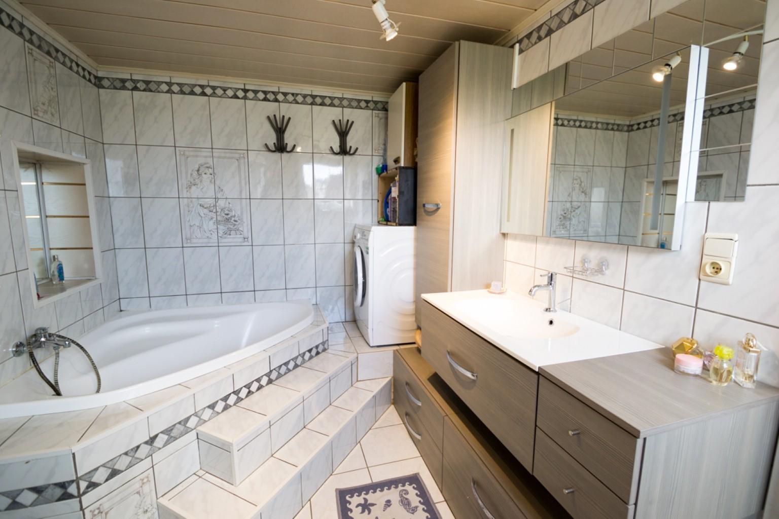 Maison - Fontaine-l'Evêque - #3049376-4