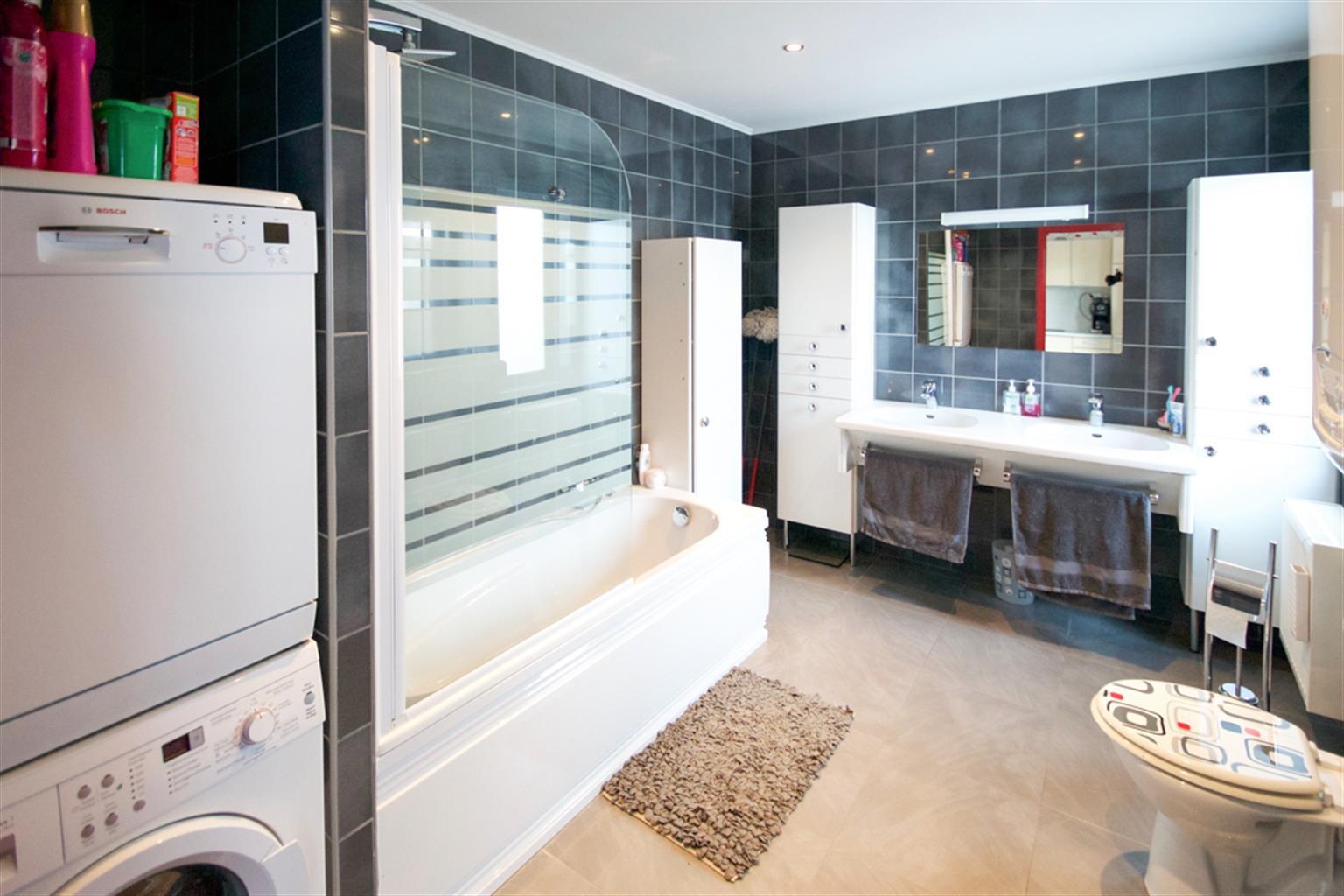 Appartement - La Louvière Haine-Saint-Pierre - #3206188-6