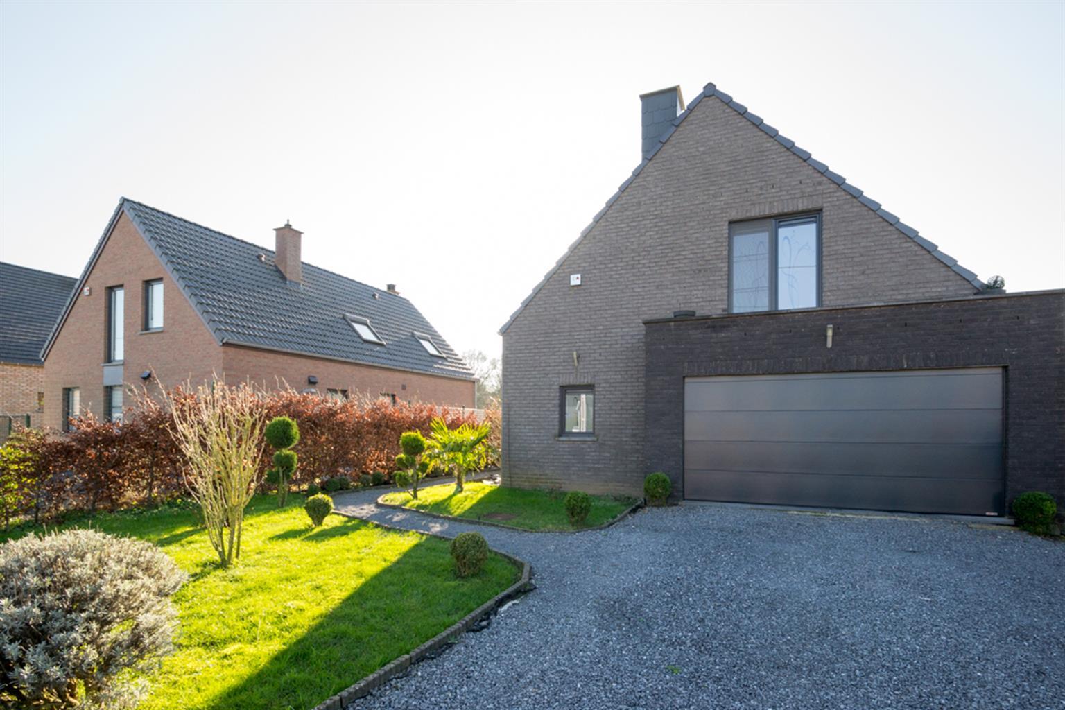 Villa - Sirault - #3972524-2