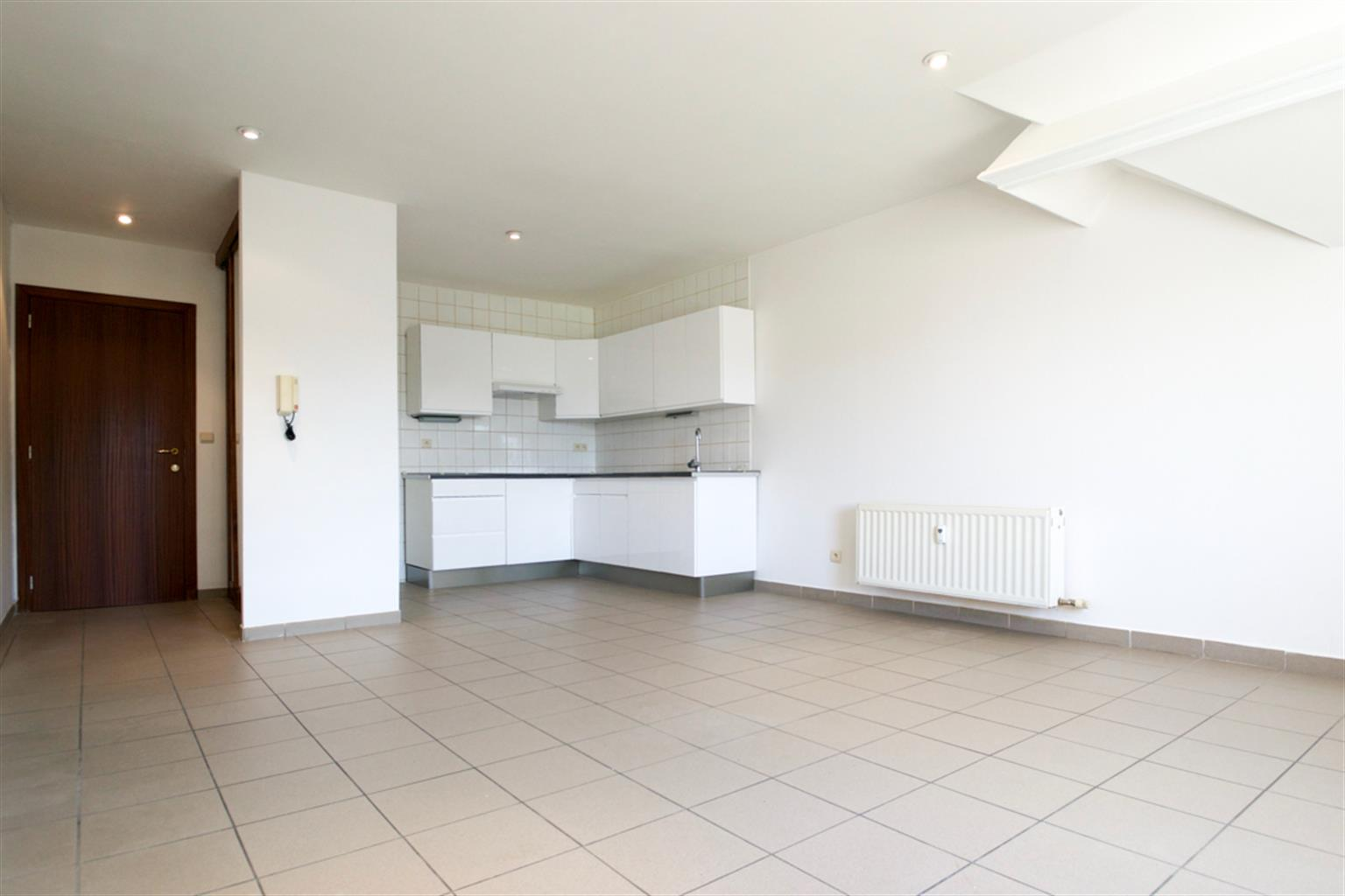 Appartement - Leval-Trahegnies - #3988340-0