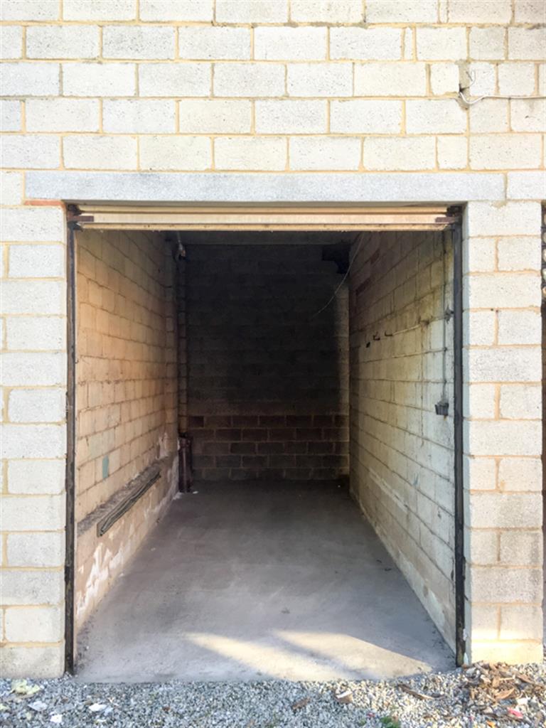 Garage (ferme) - Anderlues - #4009695-6