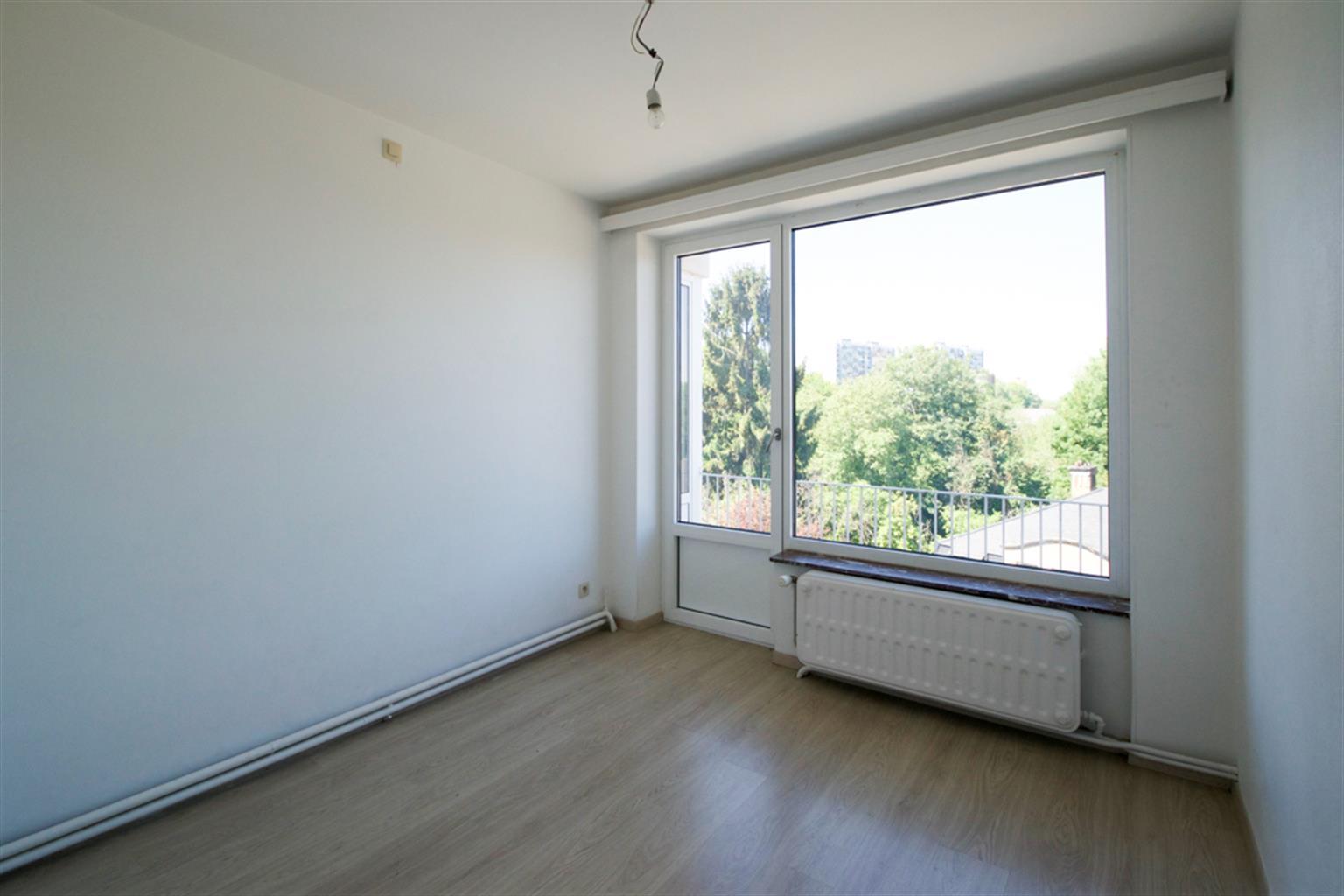 Appartement - Charleroi - #4041168-4