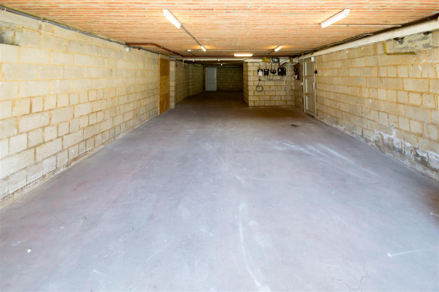Garage (ferme) - Anderlues - #4062651-0