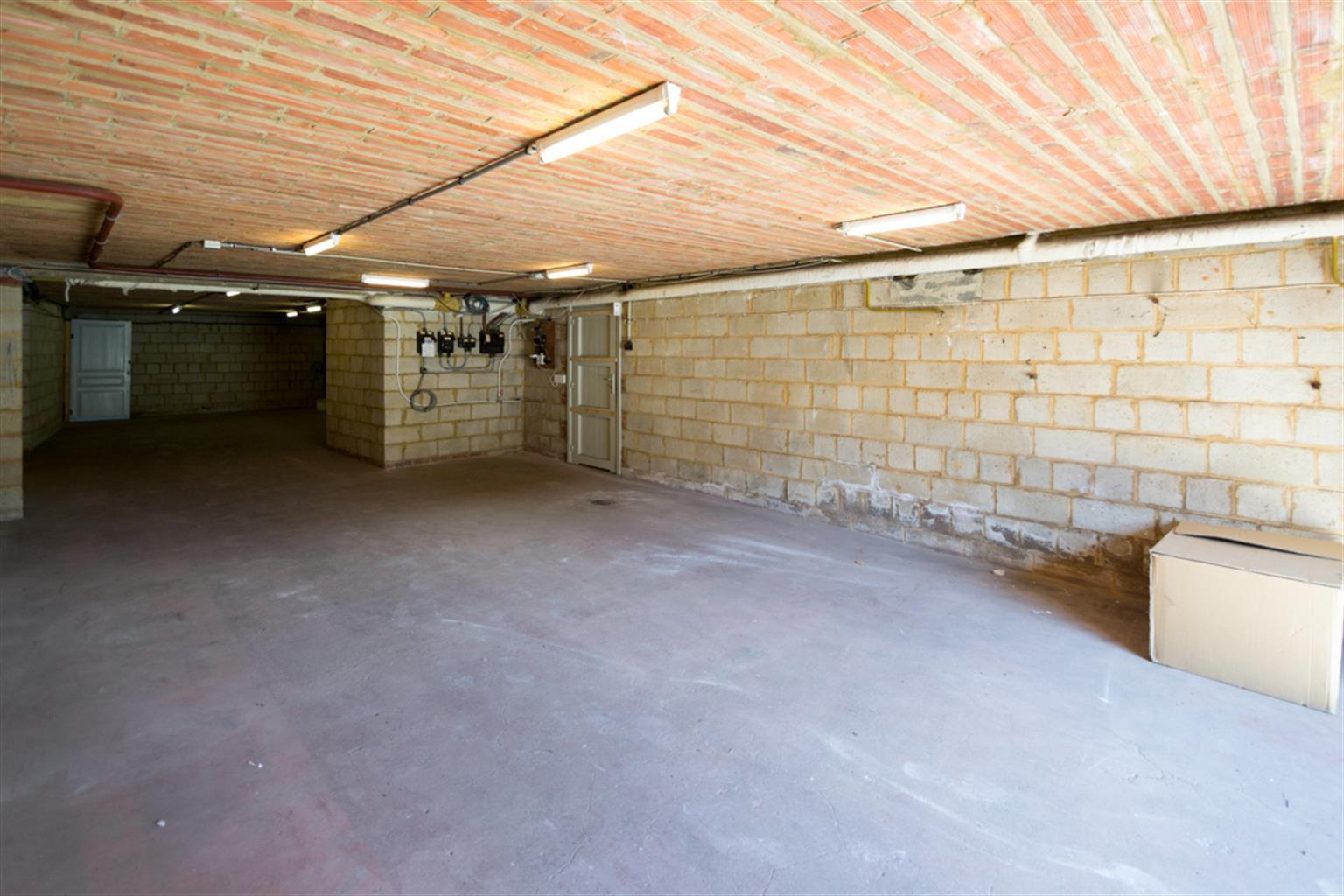 Garage (ferme) - Anderlues - #4062651-1
