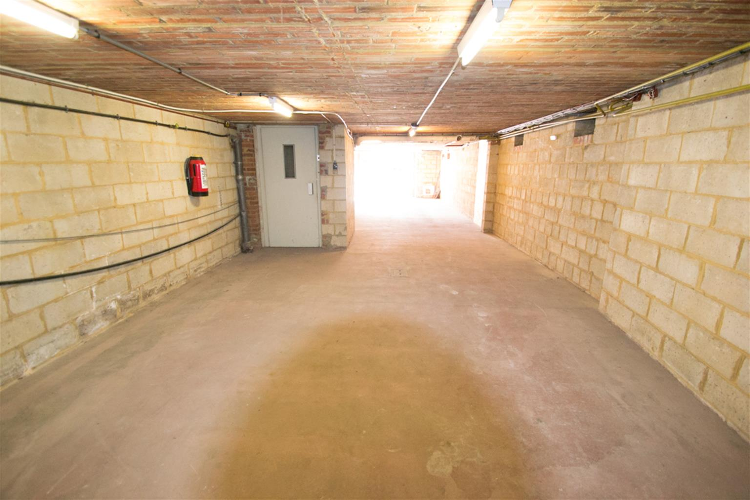 Garage (ferme) - Anderlues - #4062651-3