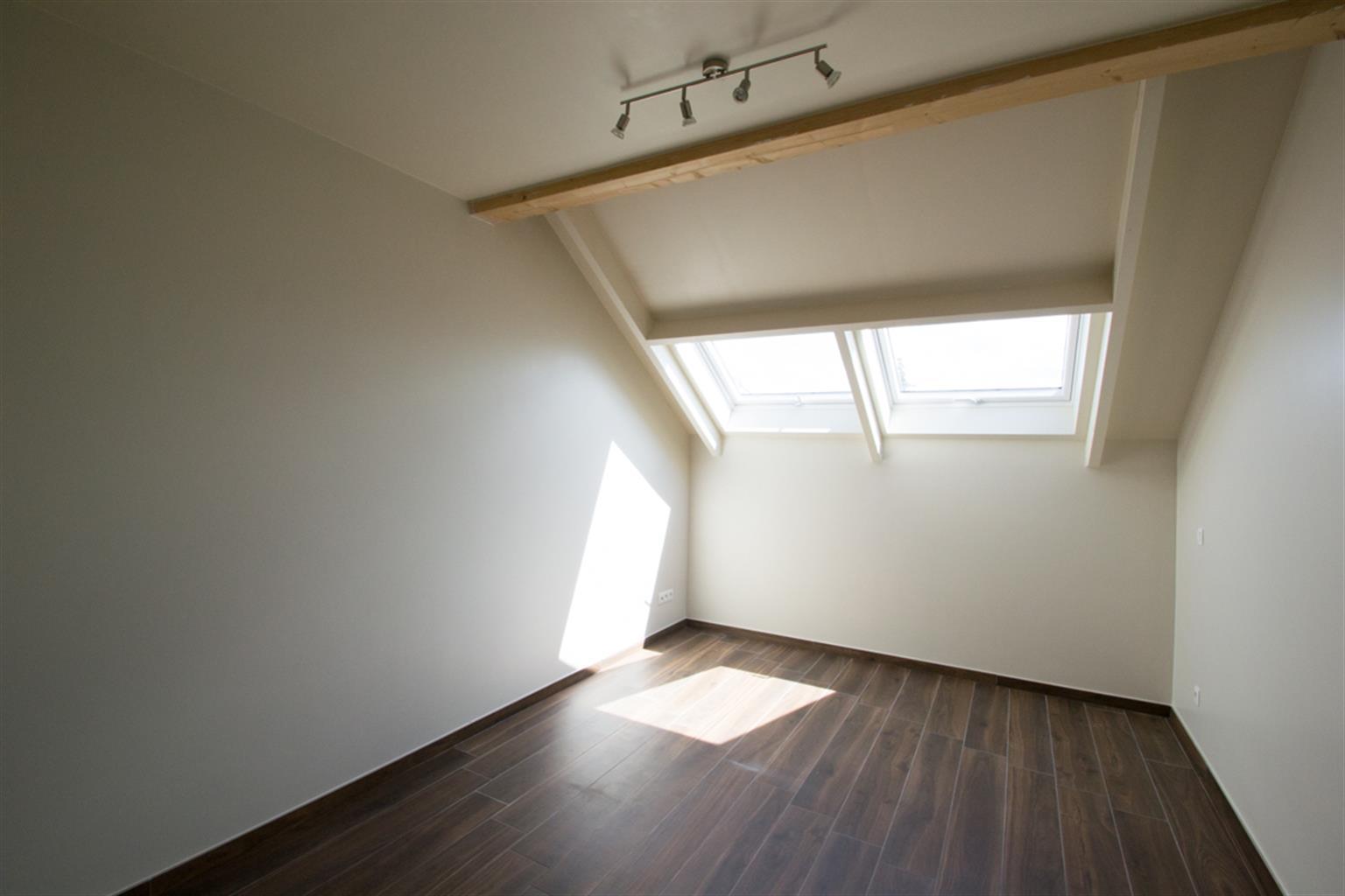 Appartement - La Louvière Haine-Saint-Pierre - #4360012-9