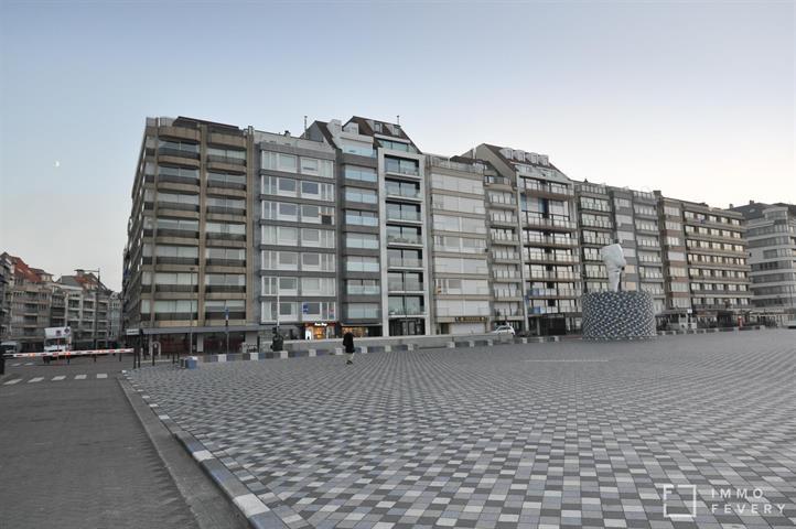 Goed onderhouden appartement met een fantastische ligging op het RUBENSPLEIN.