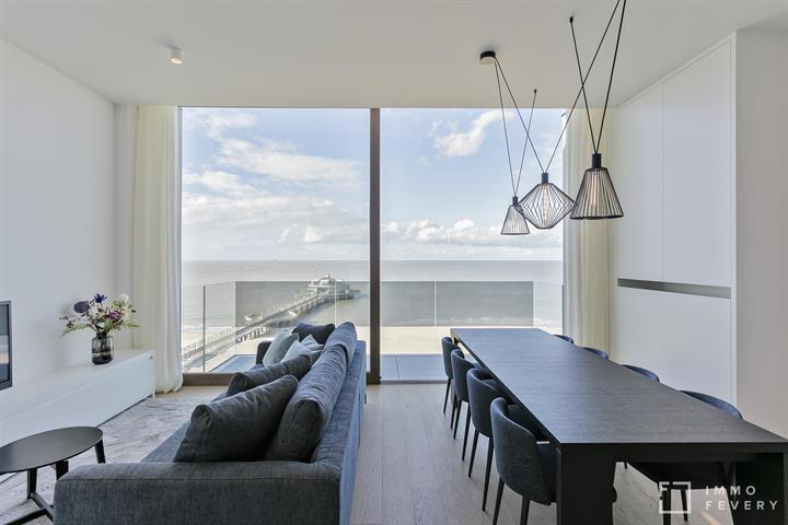 Subliem duplex appartement met frontaal zeezicht en 3 slaapkamers te Blankenberge