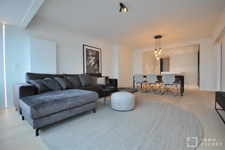 Volledig gerenoveerd appartement met een fantastische ligging op het RUBENSPLEIN.