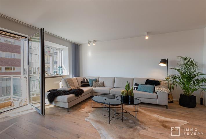 Modern appartement aan het bruisende Albertstrand!
