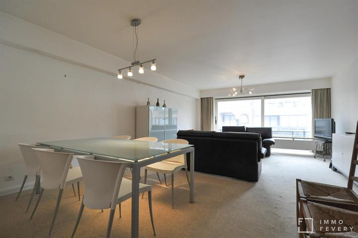 Appartement meublé à quelques pas de la digue et l'avenue Lippens.