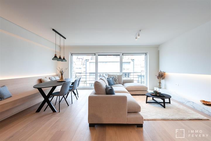 TOPgerenoveerd appartement aan de zonnekant van de Parmentierlaan te KNOKKE.