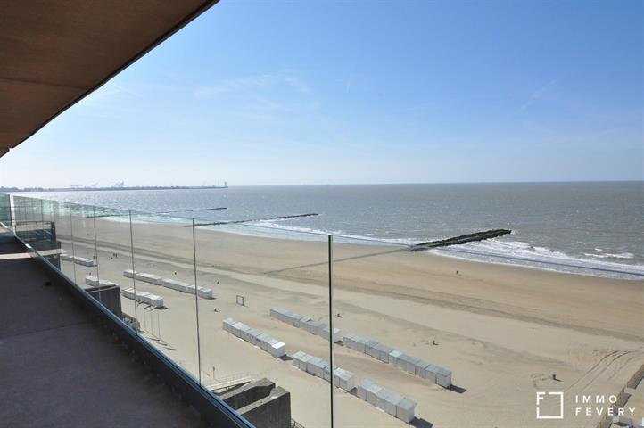 Appartement meublé situé sur la digue à Knokke, avec une magnifique vue sur mer.