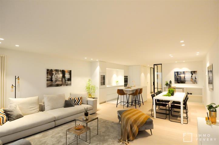 Volledig vernieuwd appartement met FRONTAAL ZEEZICHT dichtbij het Rubensplein.