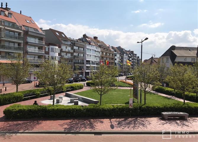 Appartement met open zicht en terras, Verzetsplein!