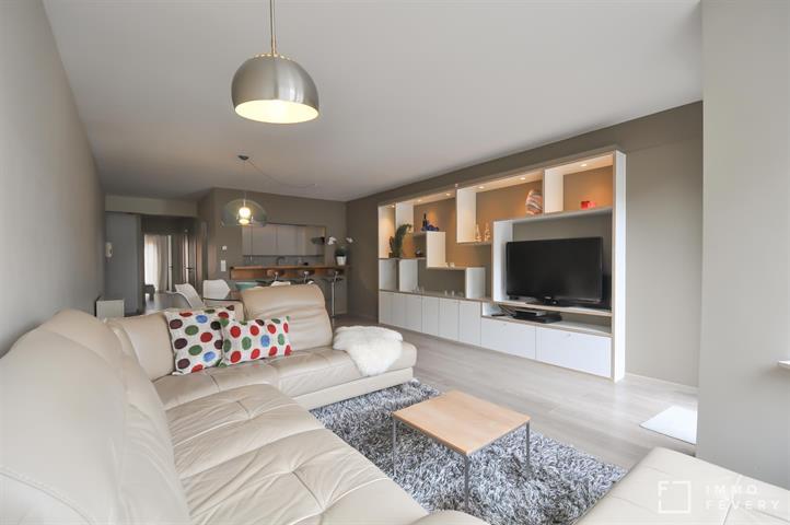 Ruim appartement op enkele passen van de Zeedijk en het Rubensplein!