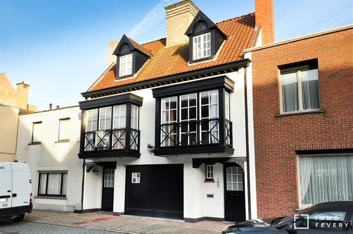 Recente bel-étage kortbij het centrum van Knokke.