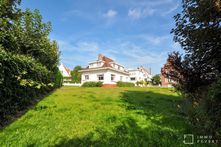 Exceptionnelle opportunité de rénovation à DUINBERGEN, sur un terrain de 825 m2.
