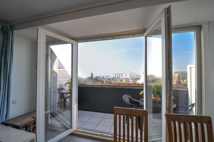 Appartement confortable avec localisation idéale au parc 'Stubbenpark' et proche de la DIGUE de Duinbergen.
