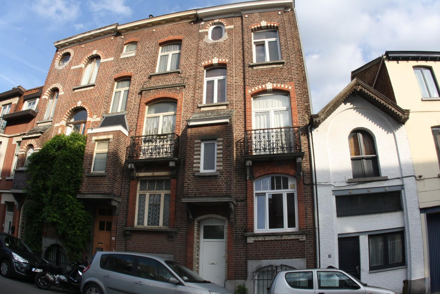 House - Uccle - #1701801-0
