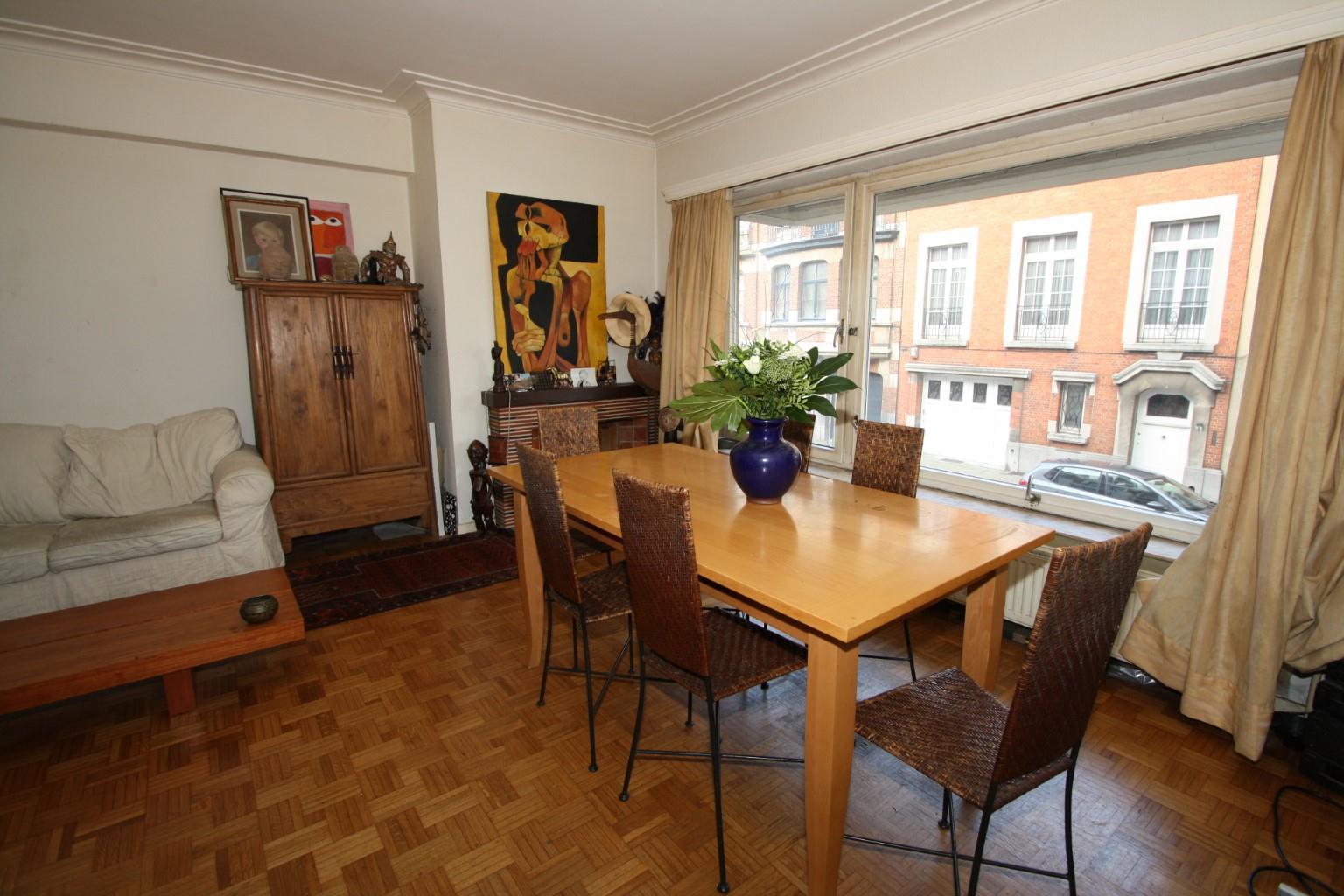 Appartement - Etterbeek - #1704906-0