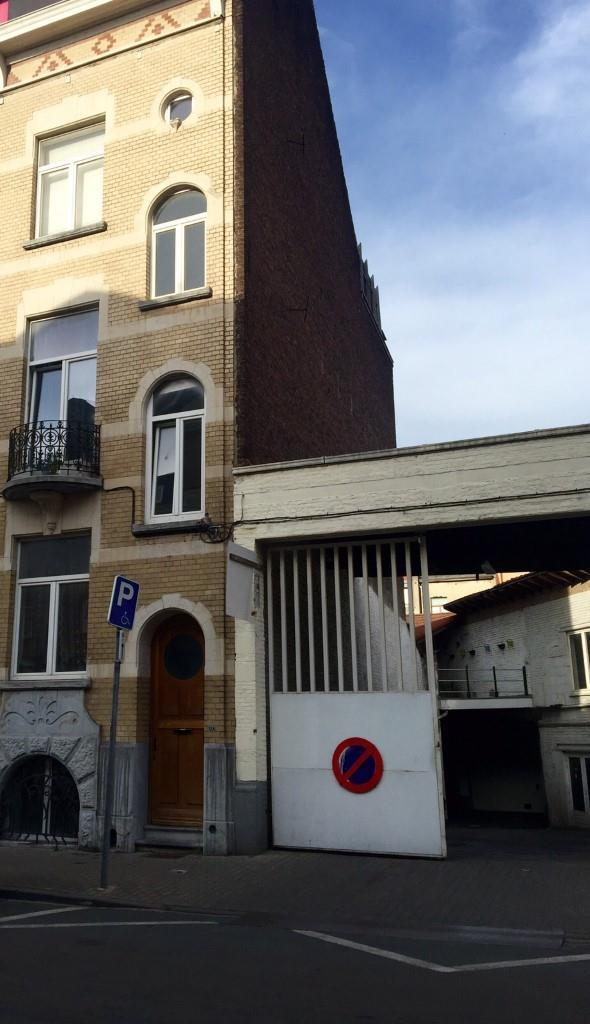 Flat - Saint-Gilles - #2175359-8