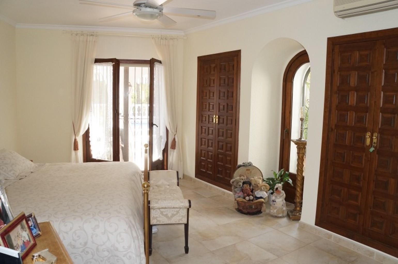 Villa - Moreira - #2176949-16