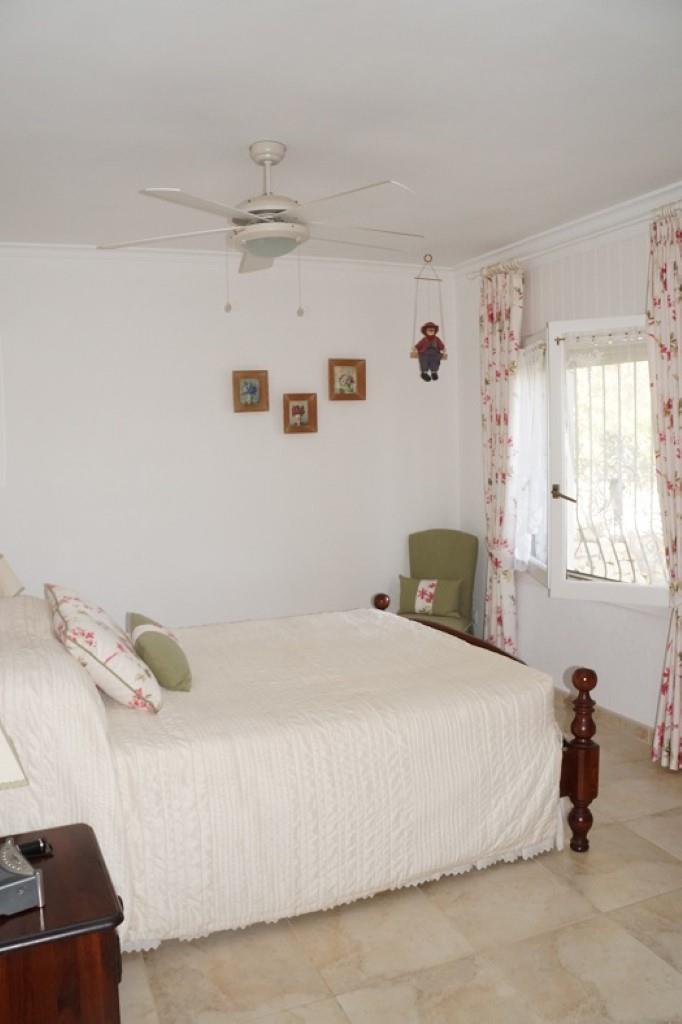 Villa - Moreira - #2176949-14