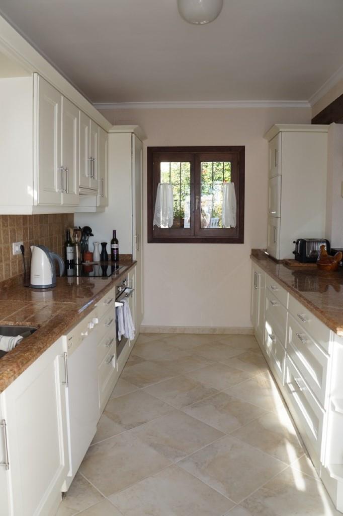 Villa - Moreira - #2176949-11