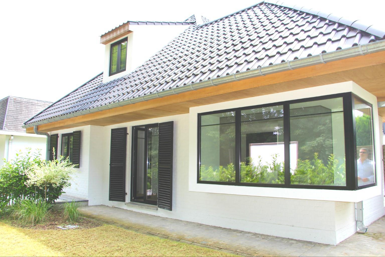 House - La Hulpe - #2585489-0