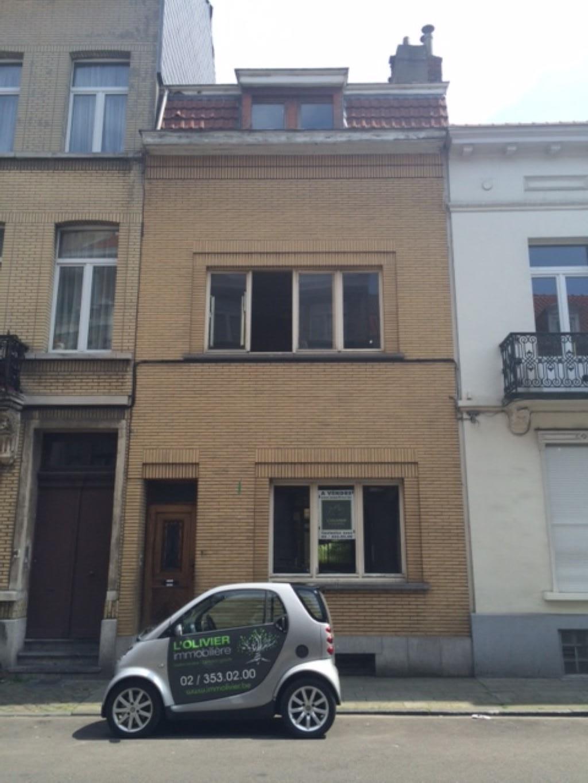 Immeuble à appartements - Schaarbeek - #2704752-0
