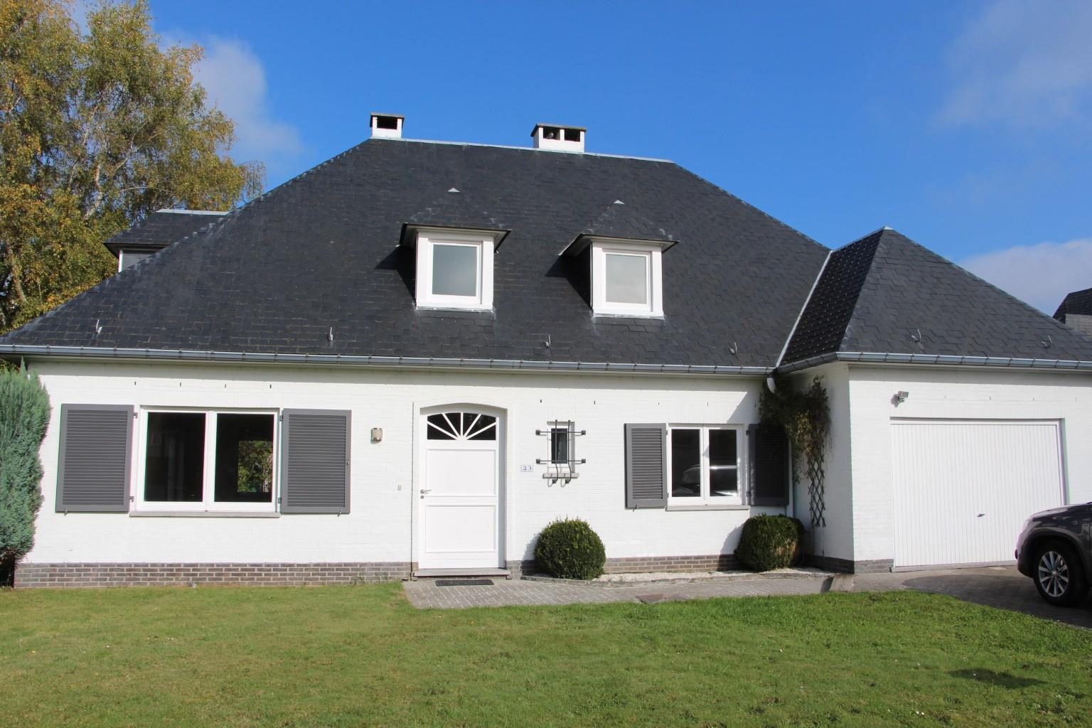 Villa - Waterloo - #2815810-7